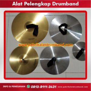 alat pelengkap drumband